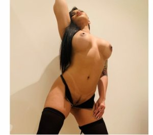 Messaline incall escort in Fredericksburg, TX
