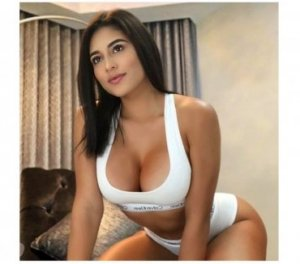 Andrijana best escorts Warminster, UK