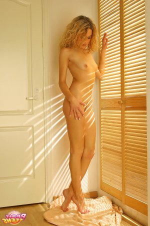 Kellys lollipop escorts Monroe